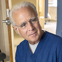 Dr. Steve Elias